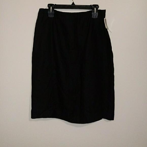 Jennifer Moore Dresses & Skirts - Jennifer Moore 100% Black Linen Skirt Sz 16